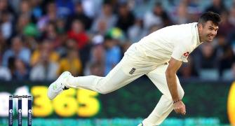 England paceman Anderson injured ahead of Ashes