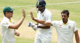 India beware! Johnson offers to help Starc ahead of Perth Test