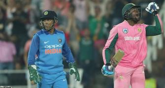4th ODI: Dhawan ton in vain as South Africa fight back in series