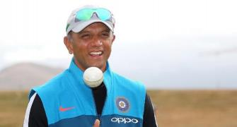 Dravid's kind gesture wins hearts in India and Pakistan