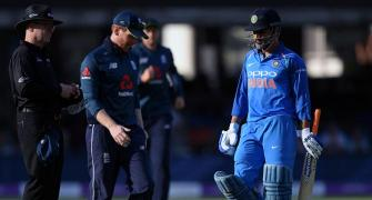 Dhoni booed by Indian spectators during Lord's ODI