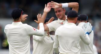 2nd Test, Day 1 PHOTOS: England on top against Pakistan