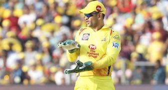 Dhoni is unbelievably quick!!!