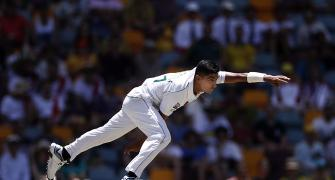 Naseem leads fightback as Pak host first Test in decade