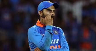 Kohli reacts to Jadeja's controversial run out