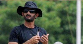 Rathour replaces Bangar as India batting coach