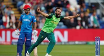 Tahir's leg spin turns it for South Africa