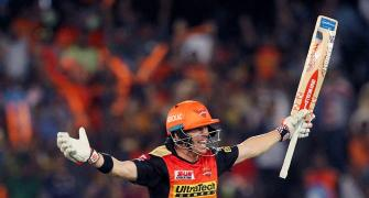 Eyes on Warner as Sunrisers-KKR clash
