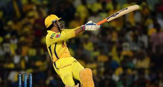 Turning point: Dhoni to the fore!