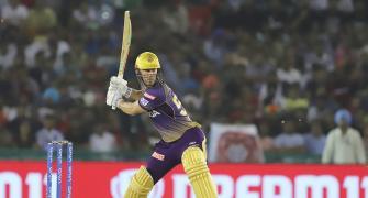 Blazing start puts Kolkata in driver's seat