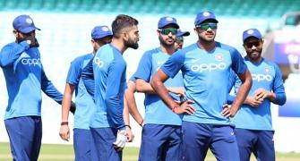 Weather will dictate India-Pak lineup