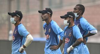 Itchy eyes but Bangladesh team OK with Delhi air