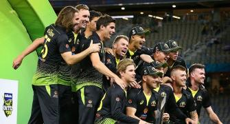 Third T20I: Australia crush Pakistan to win series