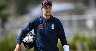 England drop Denly for second Test, Root returns