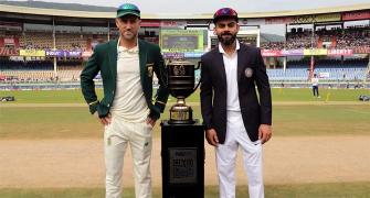 What Du Plessis plans to do to end toss-losing streak