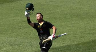 Warner hits maiden T20 ton as Australia rout Sri Lanka