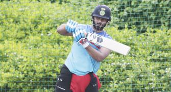 SEE: Delhi Capitals and Ponting get into shape
