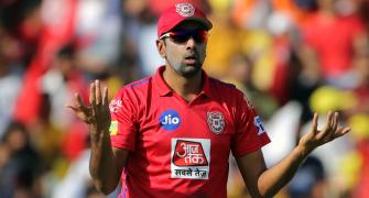 What did Ashwin, Ponting discuss about 'Mankading'?
