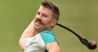 Warner back in nets, but no certainty for 3rd Test