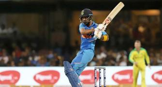 Sehwag criticises management for not backing players