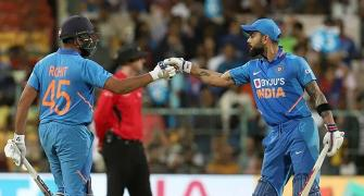 Finch sought umpire's advice to snap Kohli-Rohit stand