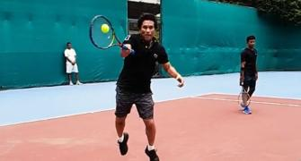 SEE: Roger, impressed with Sachin's forehand?