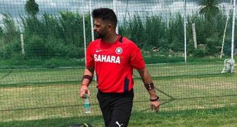 SEE: Raina, Pant go bat-shopping ahead of IPL