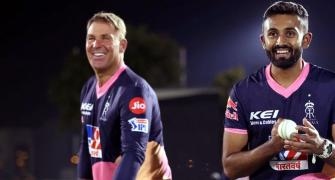 SEE: Warne's masterclass for Royals leg-spinners