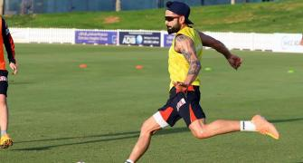 SEE: Virat's Hot Dogs vs AB's Cool Cats