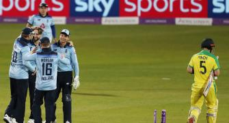 2nd ODI: England win after dramatic Australia collapse