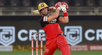 De Villiers pulls out of Big Bash League