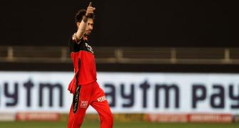 Turning Point: Chahal sends SunRisers crashing