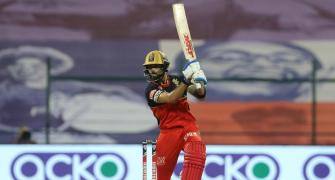 Who has hit the most 6s in IPL?