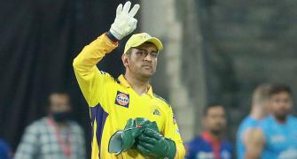 AR Rahman dedicates this hit song to Dhoni...