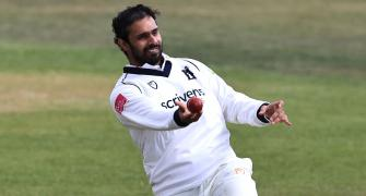 Vihari out for 23-ball duck on county debut