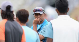 Why Dravid won't replace Shastri as India coach