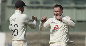 Will England play Bess in 4th Test?