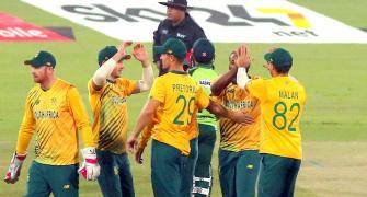 2nd T20: Pretorius records historic five-wicket haul