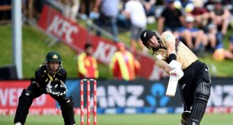 2nd T20I: Guptill fires Kiwis to close win over Aus