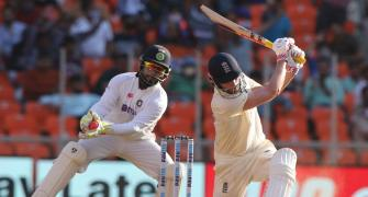 'England looked like startled rabbits in 2nd innings'