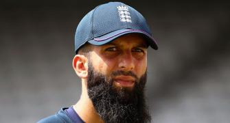 England squad barring Moeen test negative for COVID