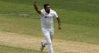 I see only Ashwin getting to 800 Test wickets: Murali
