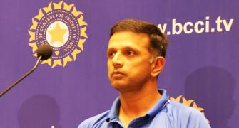 Pak greats should learn from Dravid: Afridi