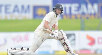 Record-breaking Root goes past Cook