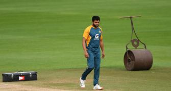 Pak's Azhar tells teammates to play fearlessly vs SA