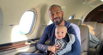 Pandya Jr enjoys first flight with daddy