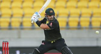 Finch stars as Australia levels T20 series with NZ