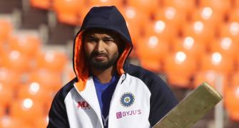 Pant more than ready to fill Dhoni's shoes: Rohit