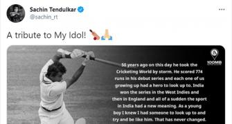 Tendulkar's special tribute to Gavaskar on his '50'
