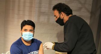 Pakistan cricketers get COVID vaccine jabs